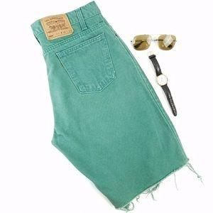 Vintage 80s Levi's Green Raw Hem Jean Shorts W34